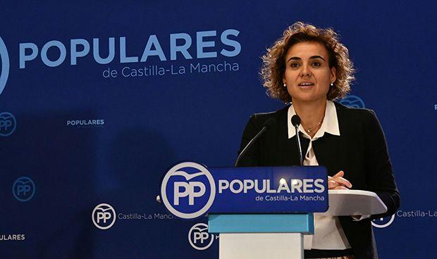 """Montserrat: """"El Gobierno de Rajoy impulsará una OPE histórica en sanidad"""""""