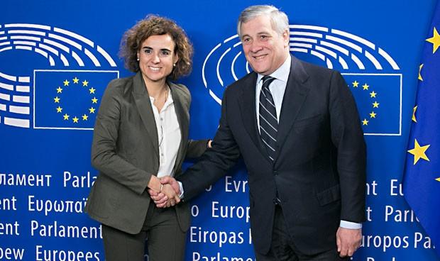 Montserrat, primer miembro del gabinete Rajoy en reunirse con Tajani