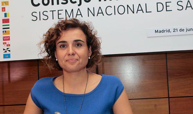 Montserrat se compromete con la sanidad ceutí con un plan a 4 años