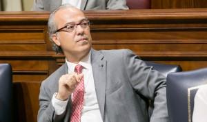 Morera ve precipitada la integración del Hospital de Lanzarote en el SCS