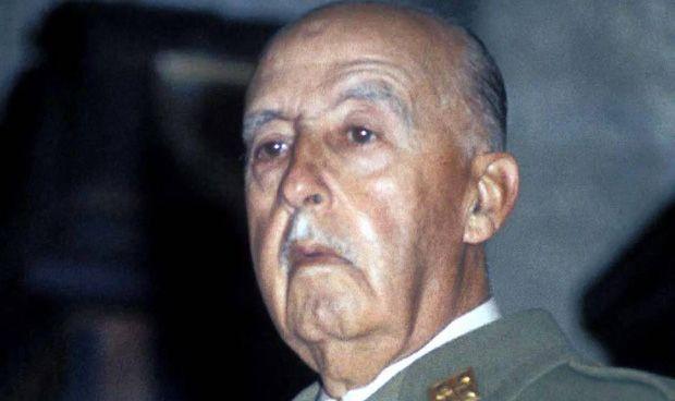 Muere al cardiólogo que certificó el final de la agonía de Franco