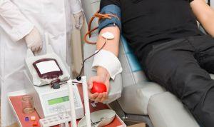 Multa por no operar a un testigo de Jehová sin transfusión sanguínea