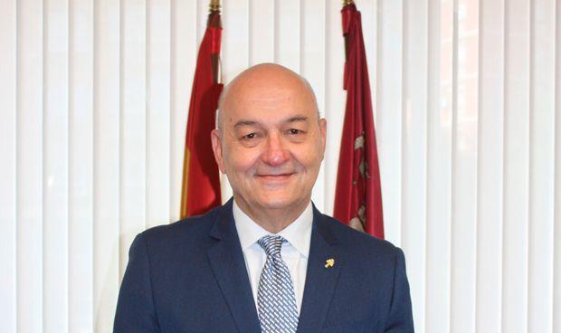 Murcia anuncia los admitidos en su OPE de Matrona y 4 categorías médicas