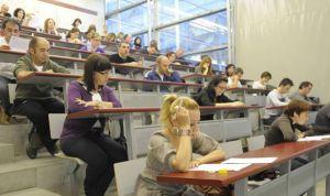 Murcia aprueba la convocatoria de 733 plazas sanitarias en octubre