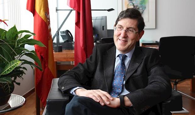 Murcia contratará a 57 nuevos médicos y pediatras para reforzar Primaria