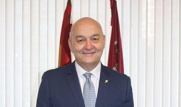Murcia publica el listado definitivo de admitidos de ocho especialidades