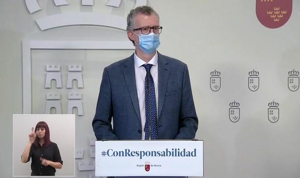 Murcia renueva al completo su cúpula de Sanidad por la vacunación irregular
