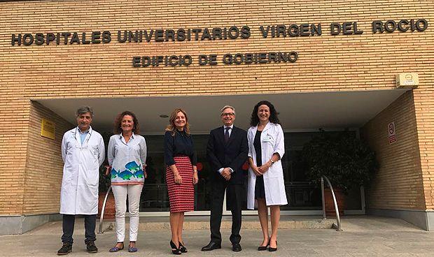 Nace en Sevilla la 'bebé medicamento' que curará a su hermano