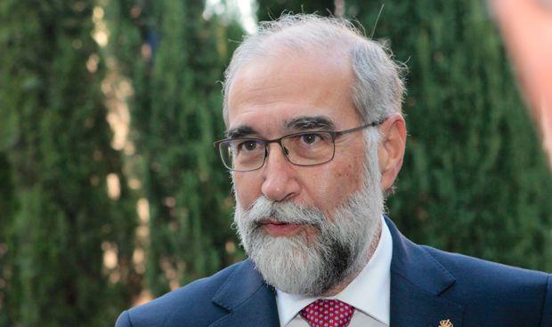 Navarra estudia un modelo de ayudas que garantice la sanidad universal
