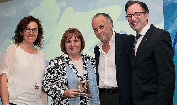Neumomadrid premia a Victoria Villena como neumóloga del año