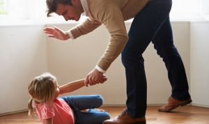 No a los azotes: pueden repercutir en el desarrollo cerebral de los niños