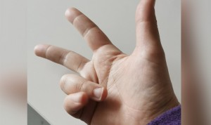 """Nuevo 'reto viral' Covid: """"Contar contactos estrechos con una sola mano"""""""