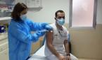 El número de sanitarios contagiados por Covid crece en 5.540 en una semana