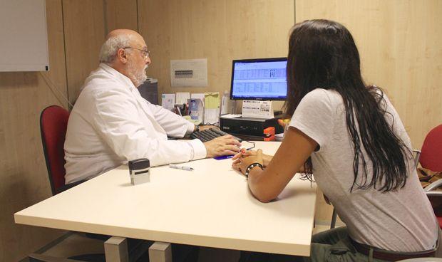 OCDE: los médicos españoles cobran menos de la mitad que los holandeses