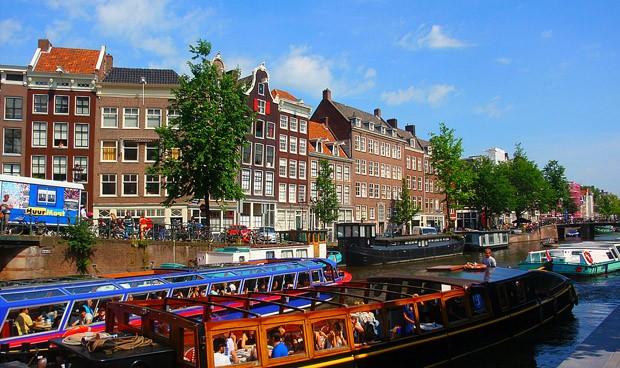 Oferta enfermera en Holanda: 37.000 euros/año, casa y jornada de 36 horas