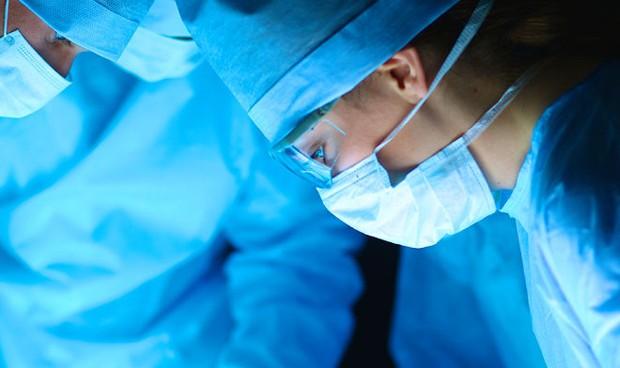 Operado con éxito un feto de 24 semanas con un tumor en el corazón