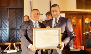 Óscar Castro, nombrado Colegiado de Honor del Colegio de Dentistas de Cádiz