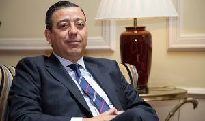 Óscar Castro repite como presidente del Consejo General de Dentistas