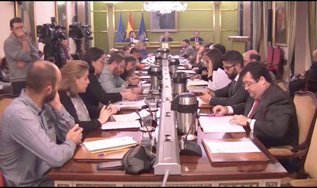 Oviedo rechaza agradecer la donación de Amancio Ortega a la sanidad