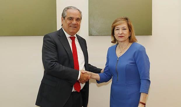 Pacto Banco España-Farmacia contra los billetes falsos de 100 y 200 euros