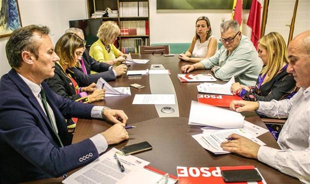 Pacto PRC-PSOE: los socialistas seguirán al frente de la sanidad cántabra