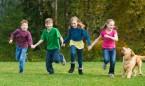 Tener contacto con la naturaleza de niños mejora la salud mental en adultos