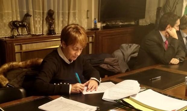 Patronal y sindicatos firman el convenio de la sanidad privada aragonesa