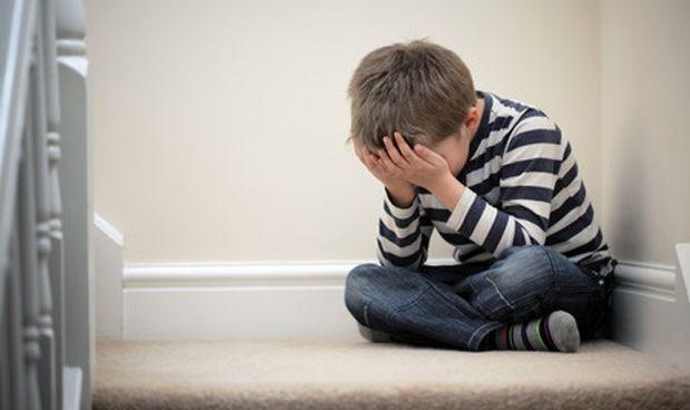 Pautas de los pediatras para comunicar malas noticias a los niños