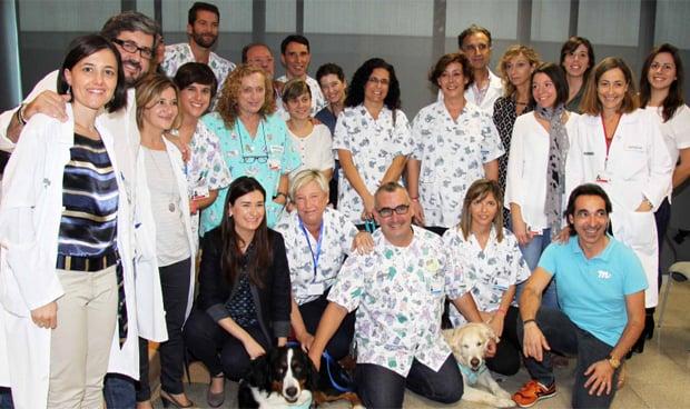 Perros en el hospital para aliviar la hospitalizaci�n de ni�os oncol�gicos