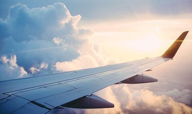 Petición para hacer obligatorio que haya una enfermera en todos los vuelos