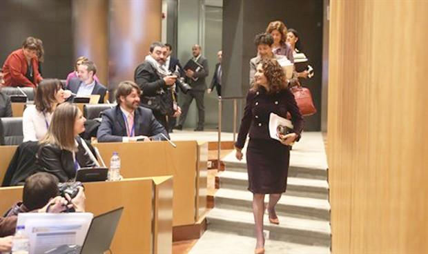 PGE 2019: Sanidad se lleva la mitad que Defensa y el doble que Cataluña