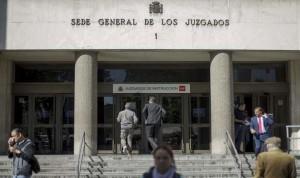 Piden 40 años de cárcel para la auxiliar acusada de matar a dos pacientes