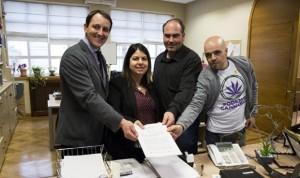 Podemos quiere que el acceso al cannabis no sea solo potestad médica