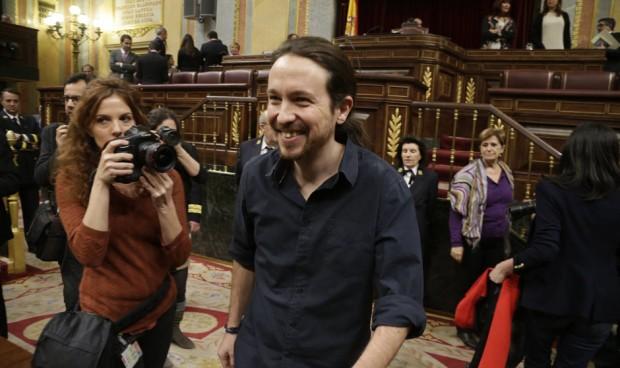Podemos quiere que la Marea Blanca marque el pacto sanitario con Sánchez