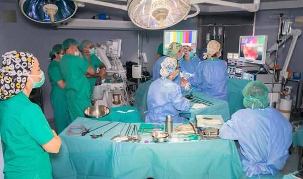 Povisa forma medio centenar de profesionales en cirugía de cáncer de recto