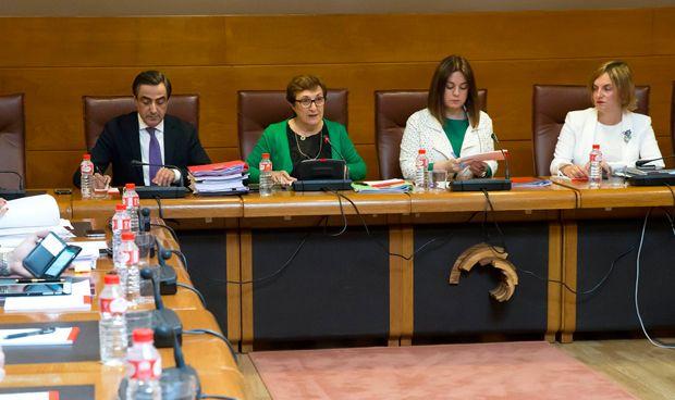 PP y Podemos exigen la dimisión de Real por las irregularidades del SCS