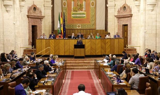 PP y Podemos se alían contra la fusión hospitalaria de Granada