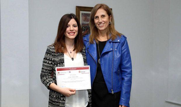 Premiada una estudiante de Enfermería por analizar la salud de las mujeres