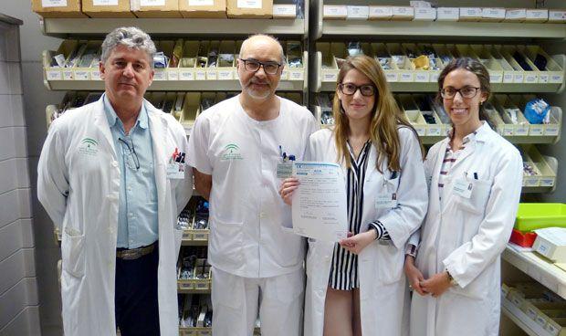 Premio a Farmacia e Interna del Virgen del Rocío por su estudio en crónicos