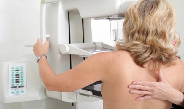 Primer manual en habla hispana sobre la mamografía con contraste