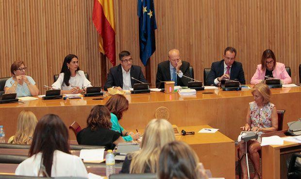 Primera Comisión de Sanidad de Carcedo: hepatitis C y electrodependientes