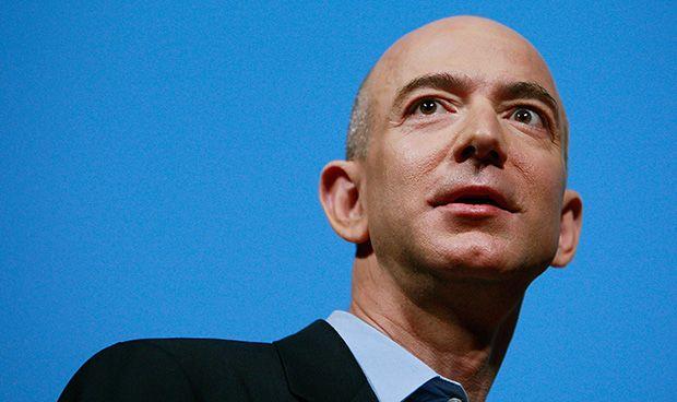Primeros contactos de Amazon con la industria del medicamento genérico