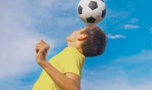 Prohíben a los niños rematar de cabeza por posibles daños cerebrales
