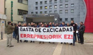 """Protestas contra """"la persecución"""" de Darpón a los afectados por las OPE"""