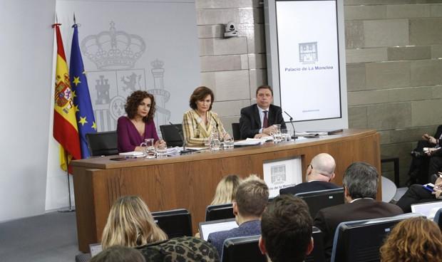 """Protocolos """"muy ensayados"""", la estrategia española contra el coronavirus"""