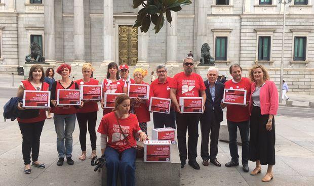"""PSOE: """"El Gobierno hace oídos sordos en financiación de la hepatitis C"""""""