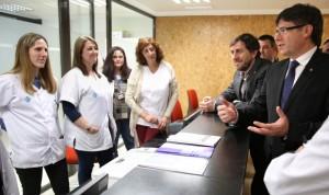 """Puigdemont: """"Cataluña supera las adversidades en sanidad como nación"""""""