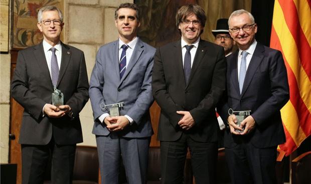 Puigdemont entrega el Premio Internacional de Cataluña a tres oncólogos