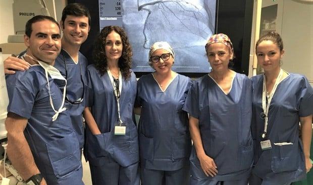 Quirónsalud Córdoba implanta con éxito prótesis valvular por vía percutánea