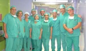 Quirónsalud forma a sanitarios de Ecuador en Cirugía de Pared Abdominal